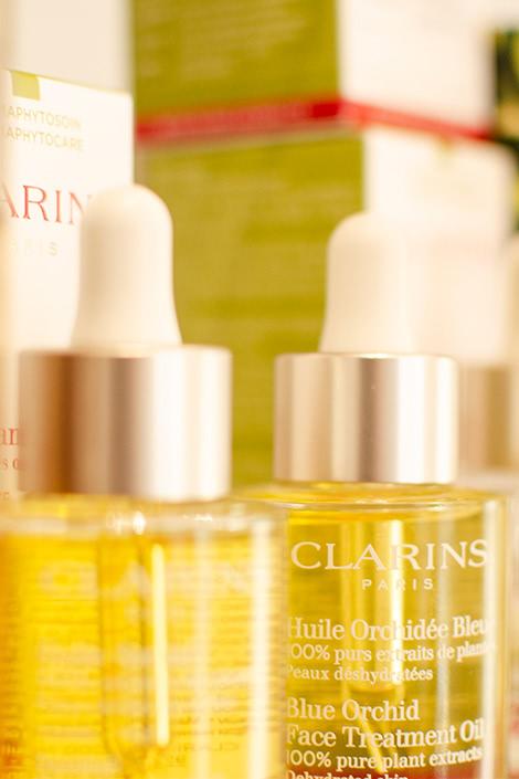 Produkte & Marken ∙ Pflegeprodukte von Clarins bei Erlebnis Schönheit