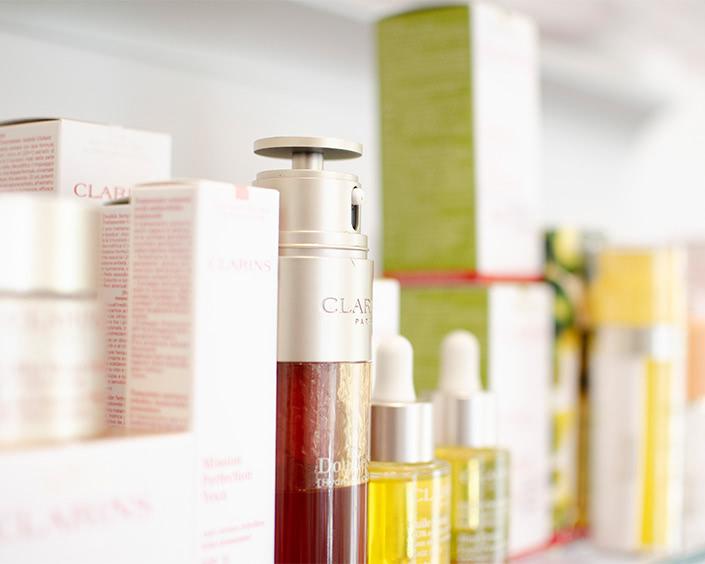 Produkte & Marken ∙ hochwertige Pflege von Clarins im Kosmetikstudio Erlebnis Schönheit